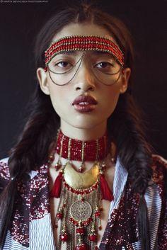 Photography: Marta Bevacqua; Model: Aqua @ Crystal Model Management; Makeup: Meyloo @ Bagency; Hairstyle: Hugo Blanc; Styling: Victoria Rastello; Published on Remark Magazine