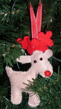 Reindeer Ornament By vic16 @Craftsy: