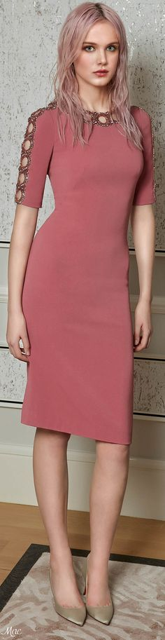 Jenny Packham Pre-Fall 2017 Fashion Show Collection: See the complete Jenny Packham Pre-Fall 2017 collection. Look 15 Fashion 2017, Fashion Show, Fashion Dresses, Fashion Design, Inspirer Les Gens, Short Dresses, Dresses For Work, Dress Up, Bodycon Dress