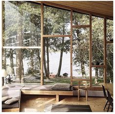 So it's time to buy new windows for your home. But with so many options, picking the right windows can be a little overwhelming. What are the best windows for the money you have in your budget, a Exterior Design, Interior And Exterior, Interior Paint, Future House, My House, Town House, My Dream Home, Interior Architecture, House Ideas