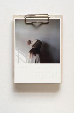 wood calendar by @artifactuprsng / photo by @annadecriscio