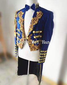 7ea0cc079051 Shining Blue Trims Tuxedo For Men Chains Jacket Embroidery Stage  Performance Circus Wear Costume Outerwear Male Singer Outfit
