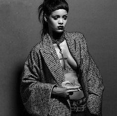Лучшие стилистические находки Рианны в 2015 году   I-Fashion