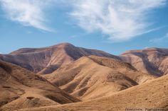 Insta / heterodim: The Judaean desert. #israel #israelinstagram #ig_israel #igersisrael #insta_israel #instagram_israel #travel #landscape #desert