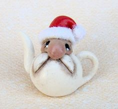 1/12th CHRISTMAS IN AUGUST     SANTA'S FACE TEAPOT BY by 64tnt