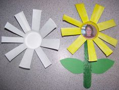Flowers from Dixie Cups from Making Learning Fun.