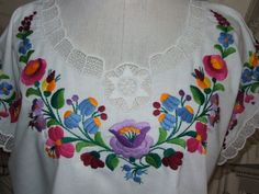Items similar to Beautiful Vintage Hungarian KALOCSA White Cotton Blouse/Lovely Folk Hand Embroidered Lace Blouse/Folk Hungarian Kalocsa Design Blouse on Etsy Embroidery On Kurtis, Embroidery Neck Designs, Folk Embroidery, Learn Embroidery, Chain Stitch Embroidery, Embroidery Stitches, Embroidery Patterns, Boho Vintage, Vintage Blouse