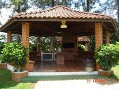 chácara Backyard Patio, Backyard Landscaping, Casa Do Rock, New Patio Ideas, Pool Patio Furniture, Hut House, Bohemian Patio, Outdoor Fireplace Designs, Garden Solutions