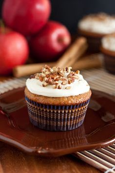 Applesauce Spice Cupcakes - Cooking Classy