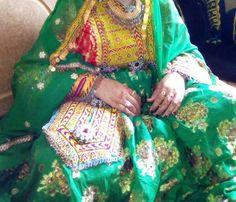 Afghan Wedding, Dress Jewellery, Paint Cookies, Afghan Dresses, Ayeza Khan, Fashion Dresses, Sari, Passion, Embroidery