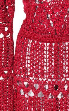 https://www.modaoperandi.com/oscar-de-la-renta-r17/long-sleeve-crochet-dress