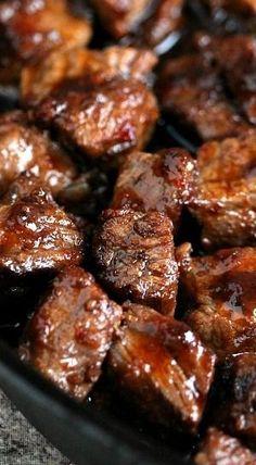 Steak Bites and Potato Bites. Recipes are here for both, the steak bites and the potato bites! Grilling Recipes, Meat Recipes, Cooking Recipes, Bbq Beef Tips Recipe, Recipe For Sirloin Tip Steak, Healthy Cooking, Top Sirloin Recipes, Gastronomia, Beef