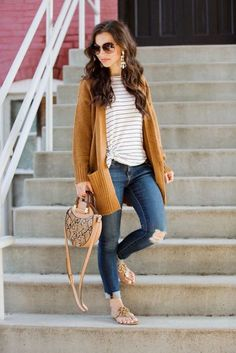 outfits spring 35 Casual Women Spring Outfits With Cardigan and Pant Jeans Spring Work Outfits, Casual Work Outfits, Work Casual, Cute Outfits, Casual Jeans, Spring Outfits Women Casual, Spring Clothes, Cardigan Outfits, Mustard Cardigan Outfit