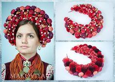 Medieval Hats, Flower Head Wreaths, Floral Crown Wedding, Ukrainian Dress, Tribal Dress, Wedding Wreaths, Wedding Costumes, Fabric Beads, Crown Hairstyles