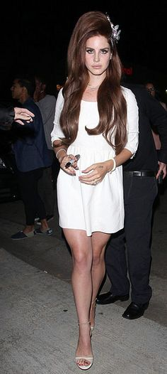 Best Dressed: Lana Del Rey and her bouffant hair need separate zip codes. We love it. #BouffantHair