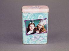 """New Wizard of Oz Dorothy & Glinda """"Click Your Heels"""" Miniature Tin Box Vandor"""