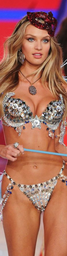 """Candice Swanepoel....Victoria Secret Fashion Show. GET PAID Quicker …25 x Roll Over. Claim a $10,000 Welcome Bonus. """"USA"""" Players """"Welcome"""" at our both our Online Casino and Mobile Casino and we also a Bitcoin Casino http://panthercasino.com"""