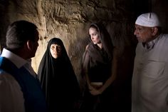 UNHCR Special Envoy Angelina Jolie visits an area of the Iraqi capital, Baghdad, that former refugees have been returning to because of the conflict in Syria, where they had previously sought shelter.  ©UNHCR/J.Tanner