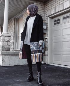 Best Dressed Hijab Fashion Instagram Influencers This Summer - image@jasminefares- Check Out The Best Dressed Instagram Bloggers This Summer And Get Great Inspiration On Casual Summer Outfits, Casual Simple Hijab Outfits, Casual Classy Hijab Looks, Street Style Hijab Fashion, Summer Long Dress Inspiration, Long Skirt Outfit Ideas With Hijab And Much More. #hijabfashion #hijabioutfitscasual #hijaboutfit #instagramfashion #summerstyle #muslimahfashion Long Summer Dresses, Casual Summer Outfits, Hijab Fashion, Fashion Outfits, Sequin Skirt, Simple Hijab, Long Skirt Outfits, Sequins, Instagram Influencer