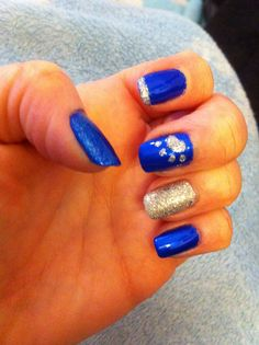 Nail Designs Uk Short - university of kentucky wildcats nails! go big blue! Types Of Nail Polish, Types Of Nails, Kentucky Wildcats, Uk Nails, Hair And Nails, Toe Nail Designs, Nails Design, Royal Blue Nails