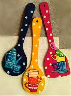 Diy Crafts For Home Decor, Diy Crafts Hacks, Diy Arts And Crafts, Diy Canvas Art, Diy Wall Art, Diy Wall Decor, Wooden Spoon Crafts, Wooden Art, Painted Spoons