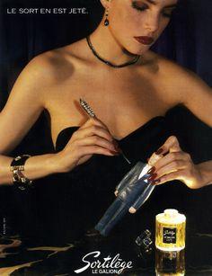 Publicité Sortilège - Auteur inconnu - 1984 Retro Ads, Vintage Ads, Blake Lively, Perfumes Vintage, Cosmetics & Perfume, Vintage Velvet, Big Hair, Vintage Beauty, Advertising