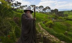 """Les fans du """"Seigneur des Anneaux"""" pourront visiter le pays des Hobbits grâce à un parc d'attractions en Espagne qui reprendra l'univers de J.R.R. Tolkien."""