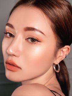 Top rated volume mascara According to Celebrity Makeup - Style My Hairs Makeup Trends, Makeup Inspo, Makeup Inspiration, Makeup Tips, Eye Makeup, Makeup Ideas, Full Makeup, No Make Up Makeup, Makeup Tutorials