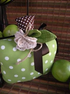 Apples- Perfect September decor. when I'm not quite ready for the autumnal explosion of October and November.
