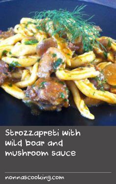 Strozzapreti with wild boar and mushroom sauce Oven Dishes Recipes, Wild Rice Recipes, Pork Dishes, Side Recipes, Thai Recipes, Pork Recipes, Best Italian Dishes, Italian Rice, Best Italian Recipes