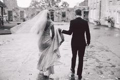 John and Alex's Intimate 30 Guest Wedding in Ireland. See their beautiful photos by Stephanie & Ben from Taylor Clark Photography here....... @intimateweddings.com #realwedding #smallweddings #destinationweddings
