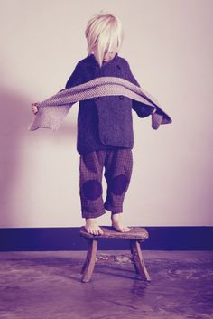 Hambro & Miller   Moss stitch scarf in stone