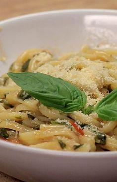 Algumas receitas para facilitar a arte de cozinhar... muito fáceis e rápidas... Dê uma olhada e bom apetite!!! :)