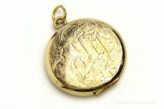 Vintage Danecraft Gold Fill Locket Pendant - brought to you by VintageCravens
