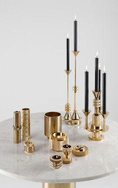 Marble table with gold deco. #dekoration #deko #tisch #marmor #kerzen