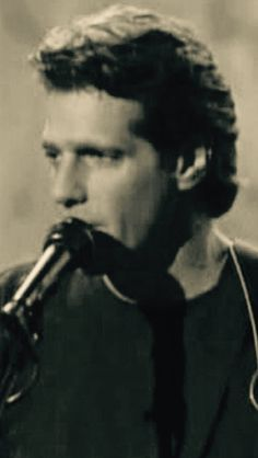 Glenn Frey in the Mid 90's. Dig the great hair, what a fuckable man. Total DILF now