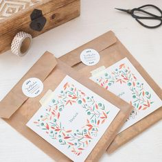 Paper Packaging, Pretty Packaging, Gift Packaging, Packaging Ideas, Clothing Packaging, Jewelry Packaging, Boxed Christmas Cards, Holiday Cards, Little Presents