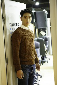 well-dressed, tall, handsome, confused Chansung