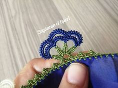 Crochet Edging Patterns, Baby Knitting Patterns, Embroidery On Clothes, Lace Design, Embroidery Stitches, Elsa, Diy And Crafts, Lily, Flowers