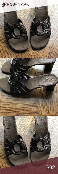 Liz Claiborne Sandals Beautiful Luz Claiborne sandals with antique gold embellishments! Size 8. Never worn!!!! Wood look heel! Perfect condition!!!!!! Very cute! Liz Claiborne Shoes Sandals