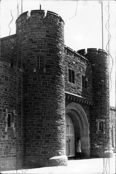 Daisy De Melker spent 30 days in the Pretoria Central Prison before she got hanged. Exterior Doors, Interior And Exterior, Pretoria, African History, Prison, South Africa, Crime, Building, Travel