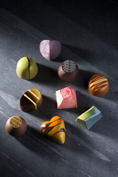 Our beautiful gourmet chocolates, elegantly packaged and available in and 50 piece boxes. Chocolate Shots, Chocolate Espresso, Artisan Chocolate, Chocolate Blanco, Decadent Chocolate, Chocolate Cream, Love Chocolate, Homemade Chocolate, Chocolate Lovers