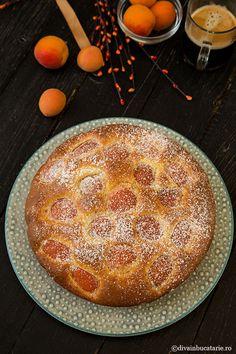 PRAJITURA CU IAURT SI CAISE | Diva in bucatarie Cupcake Cakes, Cupcakes, Camembert Cheese, Good Food, Cooking Recipes, Pie, Sweet, Desserts, Torte