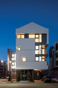 Home Building Design, Building Facade, Building A House, Modern Architecture House, Facade Architecture, Facade Design, Exterior Design, Property Design, Small Buildings
