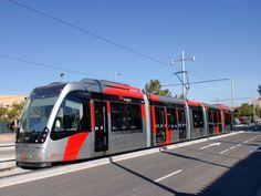 Noruega se interesa en el tranvía de Zaragoza http://www.ayuntamiento.es/archivo/noruega-se-interesa-en-el-tranvia-de-zaragoza/#!prettyPhoto