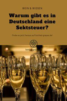 Was ist eigentlich die Sektsteuer? Und warum gibt es sie? Erfahrt alles zum Thema auf bottled-grapes.de! #sekt #schaumwein #champagner #weinliebe #wein #weinblog Fangirl, White Wine, Alcoholic Drinks, Sparkling Wine, Champagne, Flasks, Alcoholic Beverages, Liquor, Fan Girl