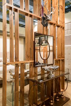 Espelho e enfeites lindos da Studio Casa