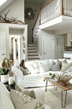 Coastal Living Rooms, Living Room Grey, Interior Design Living Room, Living Room Decor, Living Spaces, Interior Decorating, Foyers, Chula, Interior Exterior