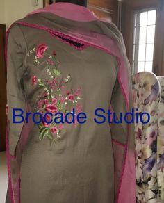 Dress Neck Designs, Blouse Designs, Indian Suits, Indian Wear, Churidar Designs, Kurti Embroidery Design, Desi Wear, Classic Suit, Rabbi