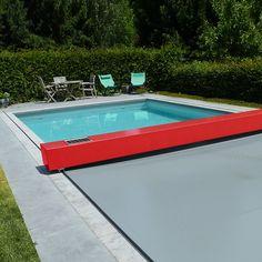 El cobertor de piscina Coverseal preserva la estética de su piscina adaptándose perfectamente a su entorno hasta en los mímimos detalles.